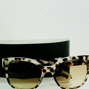Authentic Prada sunglasses SPR 10R Tortoise grey